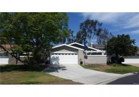 21726 Northwood Lane, Lake Forest, California 92630, 3 Bedrooms Bedrooms, ,2 BathroomsBathrooms,Home,Leased,Northwood Lane,1322