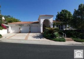 13 Calle Ameno, San Clemente, California 92672, 4 Bedrooms Bedrooms, ,2 BathroomsBathrooms,Home,Sold,Calle Ameno,1047